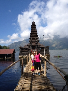 Visiting Balinese temples with Amelia